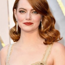 Oscar 2017: Emma Stone sul red carpet dell'evento
