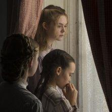 The Beguiled: Elle Fanning con un gruppo di bambini