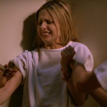 Buffy the Vampire Slayer: una scena dell'episodio Di nuovo normale