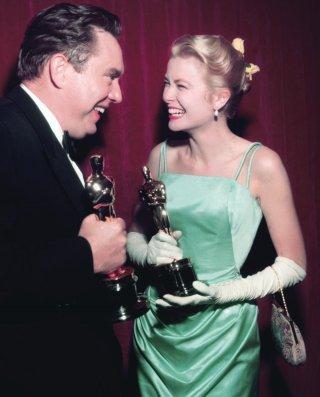 Grace Kelly alla cerimonia degli Oscar del 1955