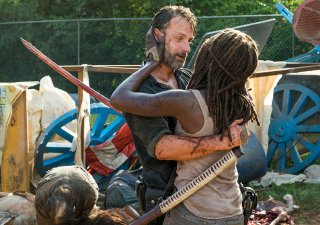 The Walking Dead: Danai Gurira e Andrew Lincoln in Say Yes