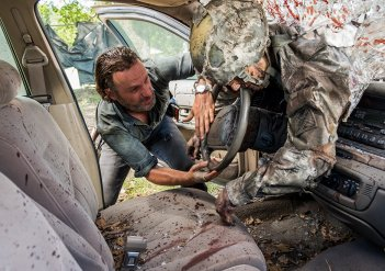 The Walking Dead: Andrew Lincoln in una foto di Say Yes