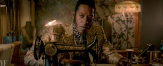 American Gods: un'immagine di Orlando Jones nei panni di Mr. Nancy
