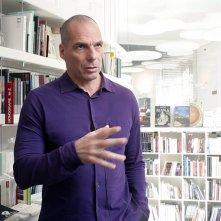Piigs - Ovvero come imparai a preoccuparmi e a combattere l'austerity: Yanis Varoufakis in un'immagine del documentario