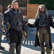 The Walking Dead: una foto di Lennie James, Cooper Andrews e Khary Pyton in Bury Me Here