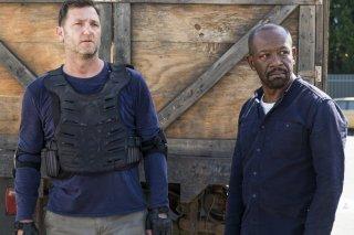 The Walking Dead: Karl Makinen e Lennie James in Bury Me Here