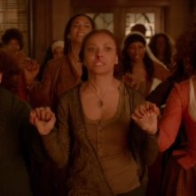 The Vampire Diaries: Bonnie viene aiutata dalle sue antenate