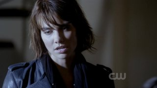 images/2017/03/13/the-vampire-diaries-2x10-the-sacrifice-rose-cap.jpg