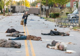 The Walking Dead: Melissa McBride in Bury Me Here