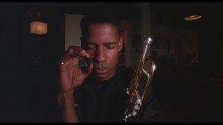 Mo' Better Blues: un primo piano di Denzel Washington