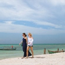 47 metri: Mandy Moore e Claire Holt in un'immagine tratta dal film