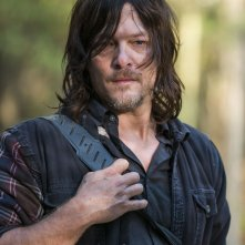 The Walking Dead: Norman Reedus interpreta Daryl in Something They Need