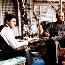 Il Padrino: Brando e Pacino in una scena