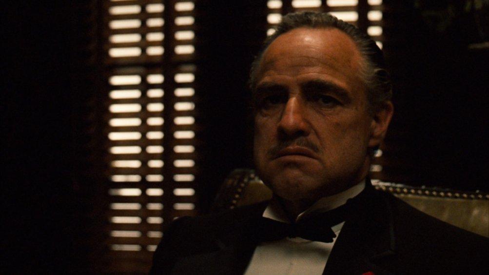 Il Padrino: un primo piano di Marlon Brando
