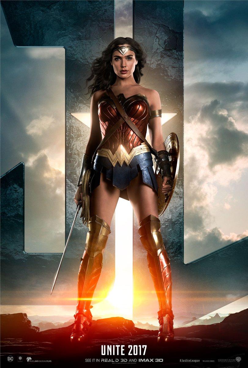 Justice League: il teaser poster di Wonder Woman