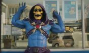 Skeletor e He-Man tornano in uno spassoso spot live-action (VIDEO)