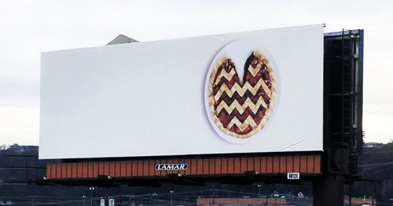 images/2017/03/26/twin-peaks-cherry-pie-billboard-poster.jpg