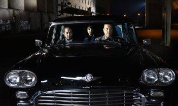 L'altro volto della speranza: Sakari Kuosmanen, Sherwan Haji e Hussein Simon Hussein Al-Bazoon in una scena del film