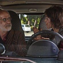 Lasciati andare: Toni Servillo e Veronica Echegui in una scena del film