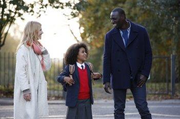 Famiglia all'improvviso - Istruzioni non incluse: Omar Sy, Clémence Poésy e Gloria Colston in un'immagine del film