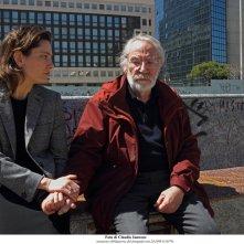 La tenerezza: Giovanna Mezzogiorno e Renato Carpentieri in una scena del film