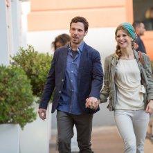 Le verità: Nicoletta Romanoff e Francesco Montanari in una scena del film