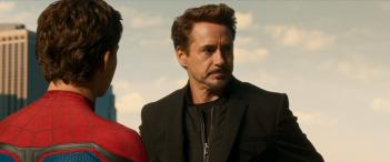 Spider-Man: Homecoming: Tom Holland e Robert Downey Jr. nel nuovo trailer del film