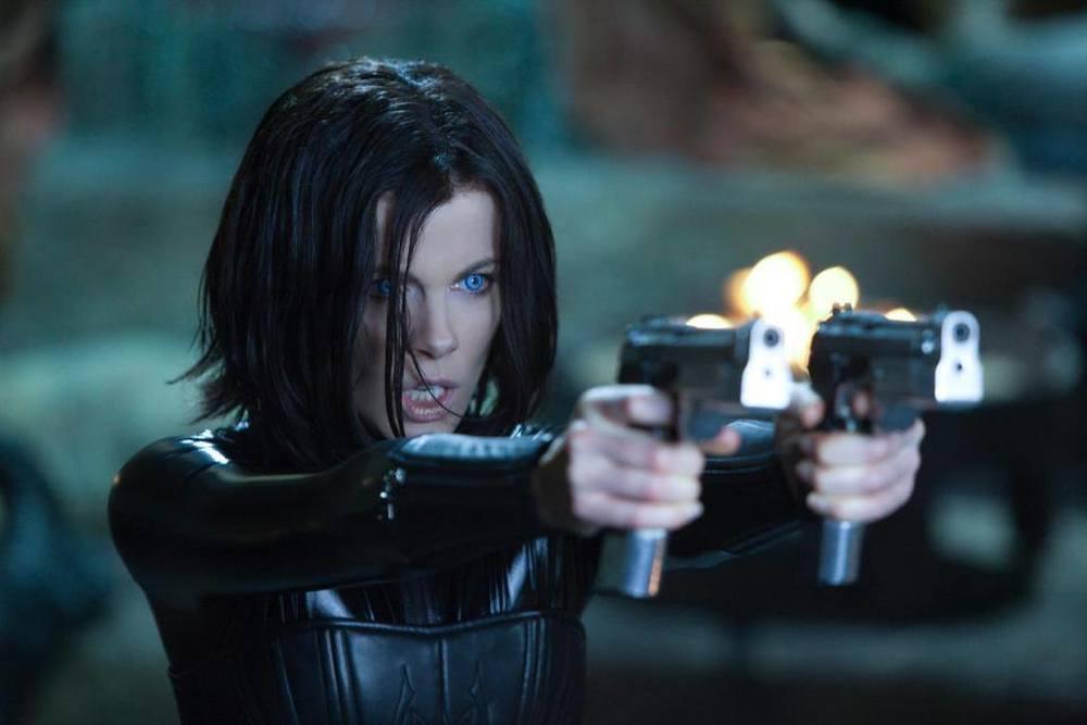 Underworld - Blood Wars: Kate Beckinsale in un momento di azione del film