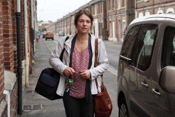 A casa nostra: Émilie Dequenne in un momento del film