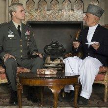 War Machine: Brad Pitt e Ben Kingsley in una foto del film