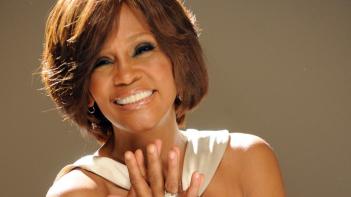 Whitney: un primo piano di Whitney Houston