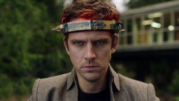 Legion: un primo piano di Dan Stevens nel finale della prima stagione