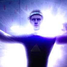 Legion: una scena con Dan Stevens in Chapter 8