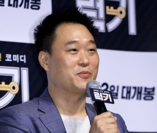 Lee Gye-byeok durante un'intervista