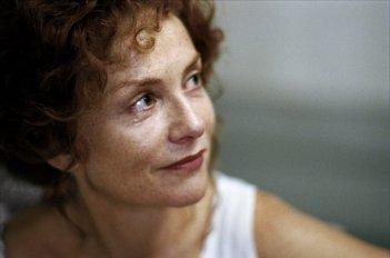 Gabrielle: Isabelle Huppert in un'immagine del film