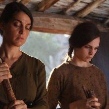 L'accabadora: Donatella Finocchiaro e Sara Serraiocco in una scena del film