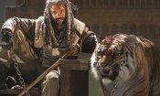 The Walking Dead 7: Shiva, la tigre del finale, in realtà è uno stuntman in tuta blu!