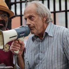 Insospettabili sospetti: Christopher Lloyd in una scena del film