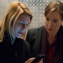 Homeland: Claire Danes in una scena dell'episodio America First