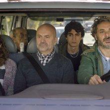 Piuma: una foto del cast del film