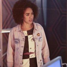 Doctor Who: una scena dell'episodio The Pilot, della decima stagione