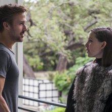 Song to Song: Ryan Gosling e Lykke Li in una scena del film