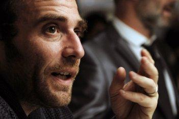 Maradonapoli: il regista Alessio Maria Federici sul set del documentario