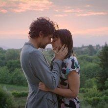 The Space Between: Maeve Dermody e Flavio Parenti in una scena del film