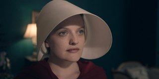 The Handmaid's Tale: Elisabeth Moss nell'episodio Offred