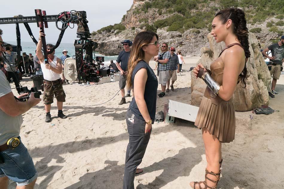 Wonder Woman: Gal Gadot durante le riprese del film