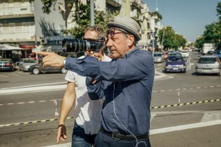 Fortunata: il regista Sergio Castellitto al lavoro sul set del film
