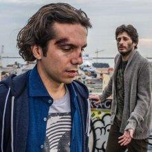 I peggiori: Vincenzo Alfieri e Lino Guanciale in un momento del film