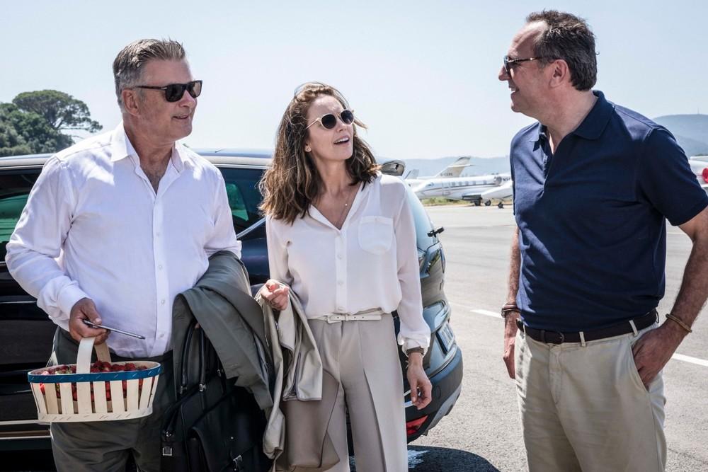 Paris Can Wait: Alec Baldwin, Arnaud Viard e Diane Lane in una scena del film