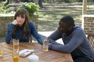 Scappa - Get Out: Allison Williams e Daniel Kaluuya in una scena del film
